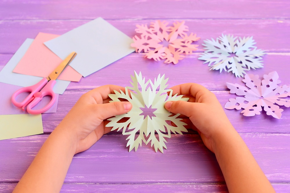 Easy Winter Crafts for you to make with your Children