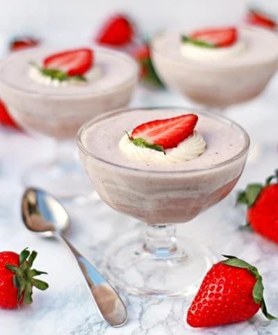 White Chocolate & Strawberry Mousse - Fab food 4 All